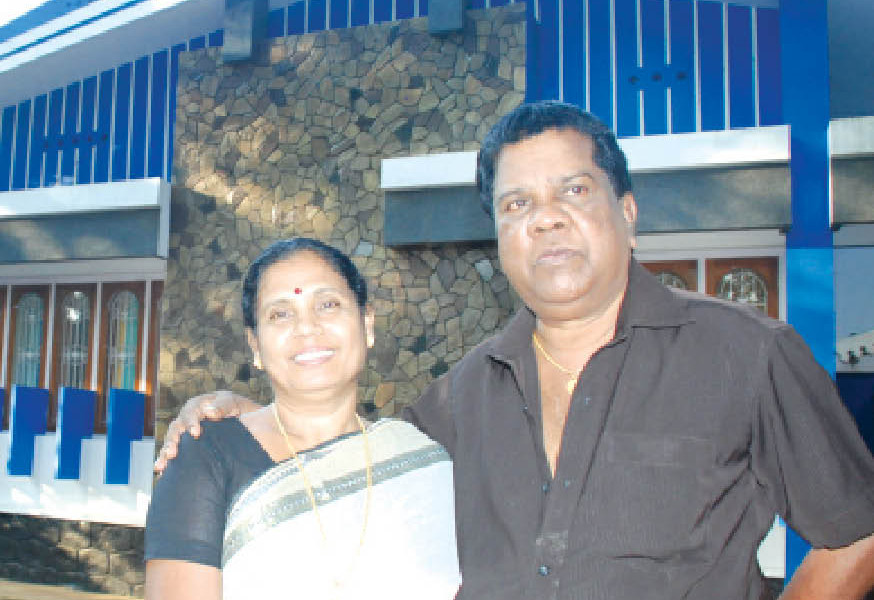Mala Aravindan - Movie artist, comedian, drama artist, Mala, Vadama, Thrissur, Kerala
