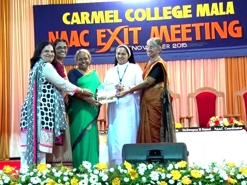 NAAC Peer Team from UGC Submitted Report to Mala Carmel College  Date: 26-11-2015