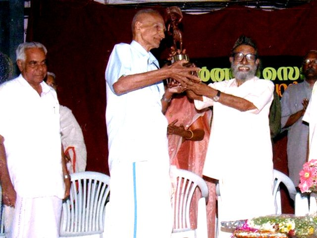 Divakaran Potti honored by Gramika