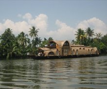 Uniqueness of Kerala Tourism and Fact File of Kerala