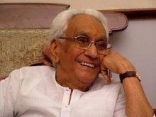 Image of Late Leader K. Karunakaran, Mala